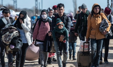 """أزمة اللاجئين.. تنديد """"بالابتزاز"""" التركي وأنقرة: لن نوقف خروجهم"""