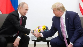 اتفاق أميركي روسي يحول مسار دبلوماسية النفط العالمية.. هل تهدأ حرب الأسعار؟