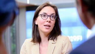 وزيرة فرنسية تحذر من مخاطر وجودية على الاتحاد الأوروبي وتنتقد روسيا والصين