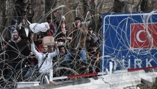 الاتحاد الأوروبي يواجه السخرية التركية وسط هشاشة أجبرته على استخدام القوة في تحد لمبادئه