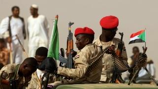 """السودان يعيد هيكلة الجيش و""""الدعم السريع"""" لمنع عودة الإسلاميين"""