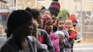 الموت جوعا أو بكورونا.. معاناة ملايين الأفارقة تتفاقم