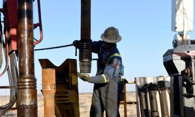 جهود دولية مكثفة لفرض علاج مرّ لأزمة أسعار النفط