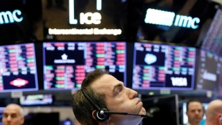 الاقتصاد العالمي أمام ركود تاريخي مع استمرار القيود التجارية