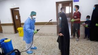 """""""كورونا العراقي"""" وقواعد اللعبة: هكذا يسخر الفيروس من البنية الطبية وخلافات الحكومة والطائفية"""
