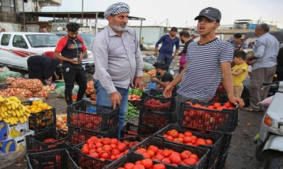 الدينار العراقي يتهاوى: الفساد وكورونا يقفزان بالدولار