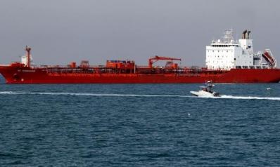 إيران تقلّل من تأثير انهيار النفط على اقتصادها