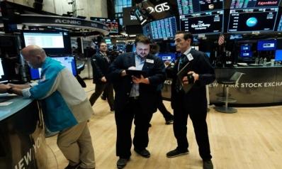 كورونا والنفط يضربان الأسواق… هبوط بورصات وتراجع الذهب