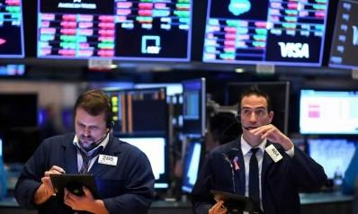الاقتصادات العالمية تنزلق مع هبوط تاريخي للنفط