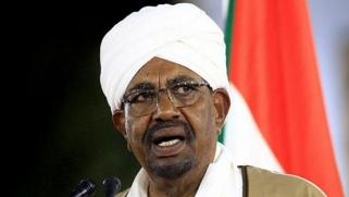 بعد عام على سقوط البشير السودان لا يزال غارقا في أزماته