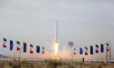 لماذا أطلقت إيران قمرا صناعيا عسكريا الآن؟