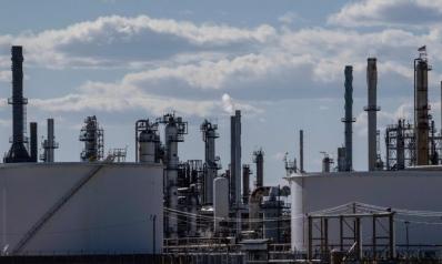 عندما أصبح النفط هباء: أسبوع من الاضطراب للخام ومزيد من الألم في الطريق