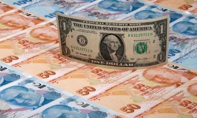 تحت تأثير كورونا.. لماذا كسر الدولار حاجز 7 ليرات تركية؟