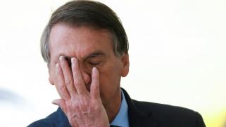 """رد """"باستخفاف"""" على وفاة خمسة آلاف.. رئيس البرازيل يواجه عاصفة غضب بسبب تعليق له على موتى كورونا"""