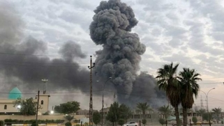 سقوط صاروخ في محيط السفارة الأمريكية في بغداد