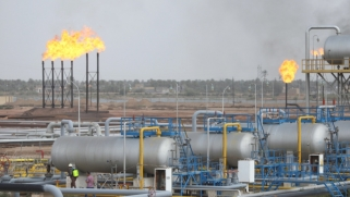 """مسؤول عراقي يطرح حلولا لأزمة اقتصادية """"صعبة جدا"""""""