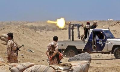 أجندات متضاربة للحكومة اليمنية تفجر الوضع عسكريا في أبين