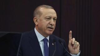 أردوغان يستغل الوباء لتجريد نواب المعارضة من الحصانة