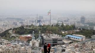 إيران والوقوف على شفير العقوبات الدولية
