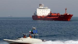 هل تعترض إدارة ترمب ناقلات إيران المتجهة إلى فنزويلا؟