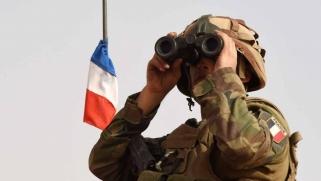 مصرع زعيم تنظيم القاعدة يثبت النفوذ الفرنسي في أفريقيا