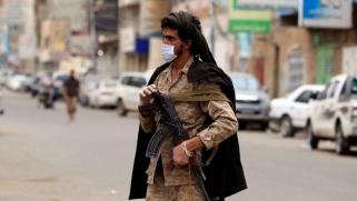 الحوثيون يحاربون أخبار انتشار كورونا بدلا من محاربة الوباء