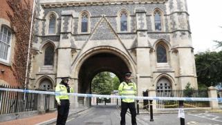 بريطانيا تحت الصدمة بعد حادثة طعن إرهابية غرب لندن