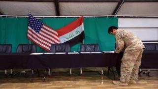 """بغداد وواشنطن: حوار غامض تحت أنظار """"الحشد الشعبي"""""""