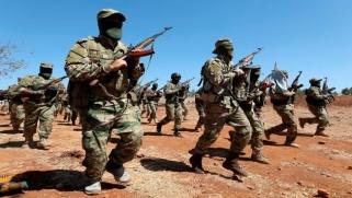 """صراع """"إخوة المنهج"""" في إدلب: تنافس على النفوذ والمصالح"""