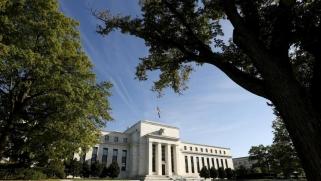الفيدرالي الأميركي متشائم بشأن التعافي السريع