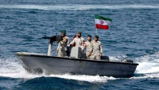الحرس الإيراني ينشأ قاعدة بحرية دائمة في المحيط الهندي