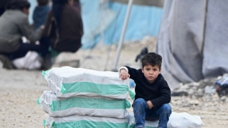 المساعدات الإنسانية لسوريا في مهب الأجندات السياسية المتضادة