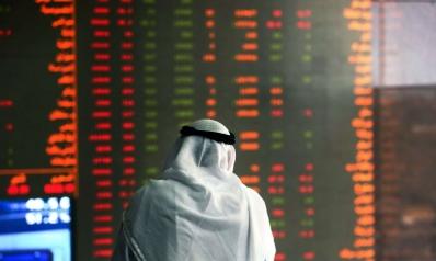 الاستمرار في ربط العملات الخليجية بالدولار يستنزف الاحتياطات النقدية