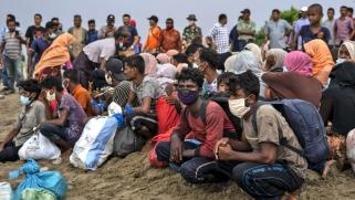 بوذيون متهمون بالخيانة لدعمهم قضية الروهينغا