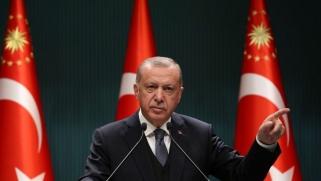 أردوغان تحدى الغرب وحول تركيا لقوة إقليمية.. وهناك مخاطر