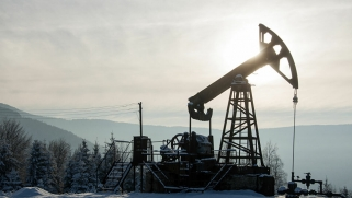 الآثار الاقتصادية المترتبة على انهيار أسواق النفط في 2020