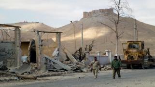 المليشيات الإيرانية تسطو على آثار البوكمال السورية
