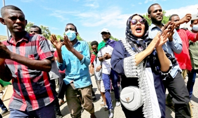 حمدوك يغازل الشارع السوداني بخطاب مصالحة مع القوى الثورية