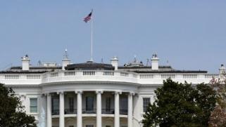 مع بدء العد التنازلي للانتخابات الأميركية.. تعرف على الولايات المتأرجحة بين الحزبين