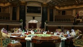 الموقف من حظر السلاح على إيران يعيد بعض النبض لمجلس التعاون