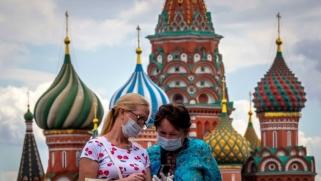 بوتين لم ينتصر بعد على ترامب في السباق السياسي إلى لقاح كورونا