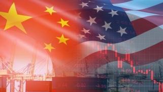 بعد عامين من الحرب التجارية… هل انتصرت الولايات المتحدة؟