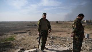 العراق: استقطاب مقاتلين عشائريين لتوسيع قاعدة الرفض للوجود الأميركي