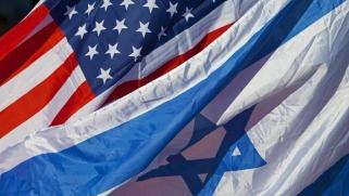 في ما بين الخرائط – مقارنة بين رؤية الرئيس ترامب والاقتراح الإسرائيلي