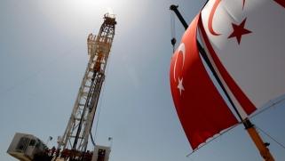 بحث تركيا عن النفط قد يتحوّل إلى صراع مع اليونان