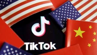 تيك توك.. حلبة صراع تكنولوجي تعمق ترنح الاقتصاد العالمي