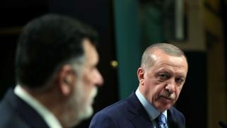 السراج يغضب أردوغان بالمغادرة قبل تنفيذ مطالبه