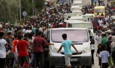 وسط انتقادات حقوقية.. شرطة اليونان تفض بالقوة احتجاجا للمهاجرين في جزيرة ليسبوس