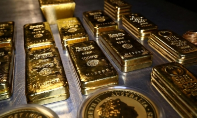 الذهب يحافظ على بريقه مع ترقب تطورات كورونا
