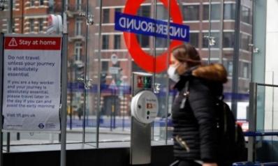 أوروبا تتصدي لـ«كورونا» بمزيد من القيود